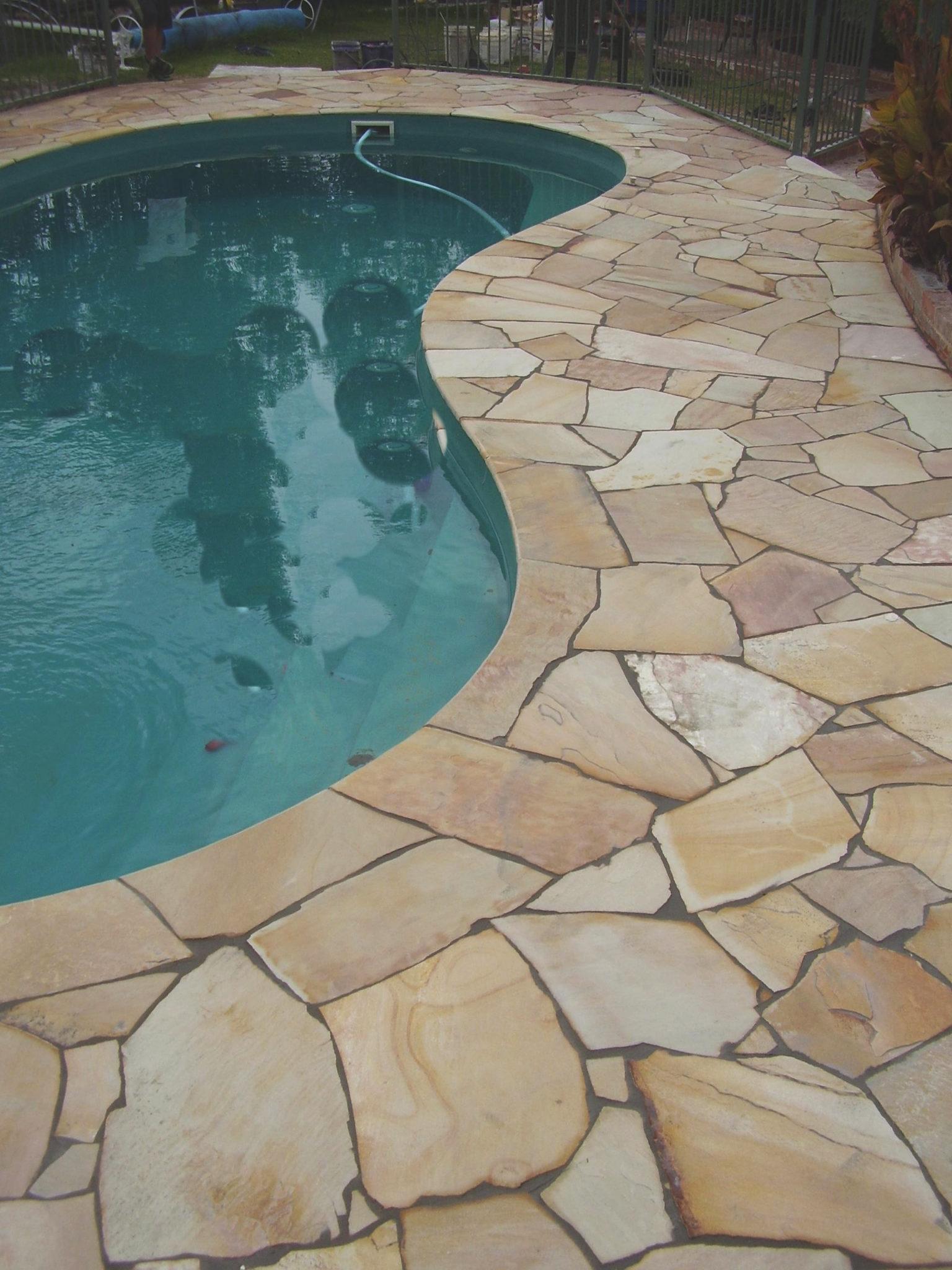 Sandstone Crazy Paving Pool Coping